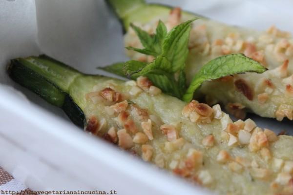 Zucchine ripiene veg con patate e menta - Una vegetariana in cucina ...