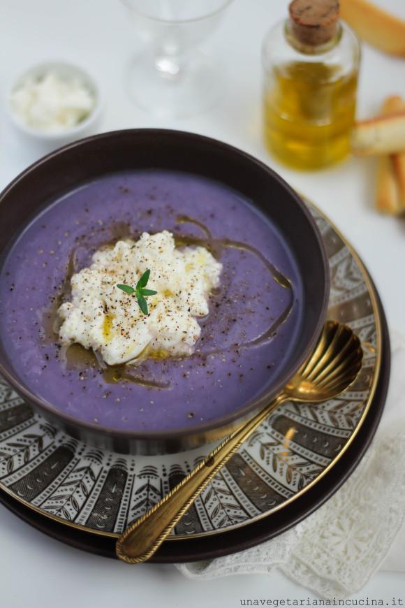 crema di patate viola e asparagi