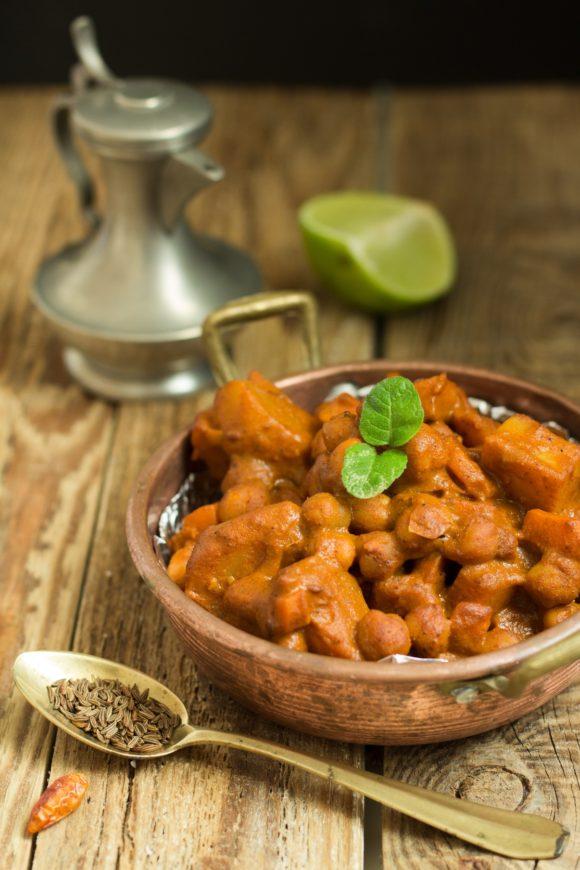 curry patate carote ceci pomodoro