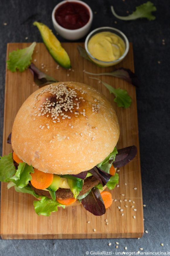 panino burger paprica