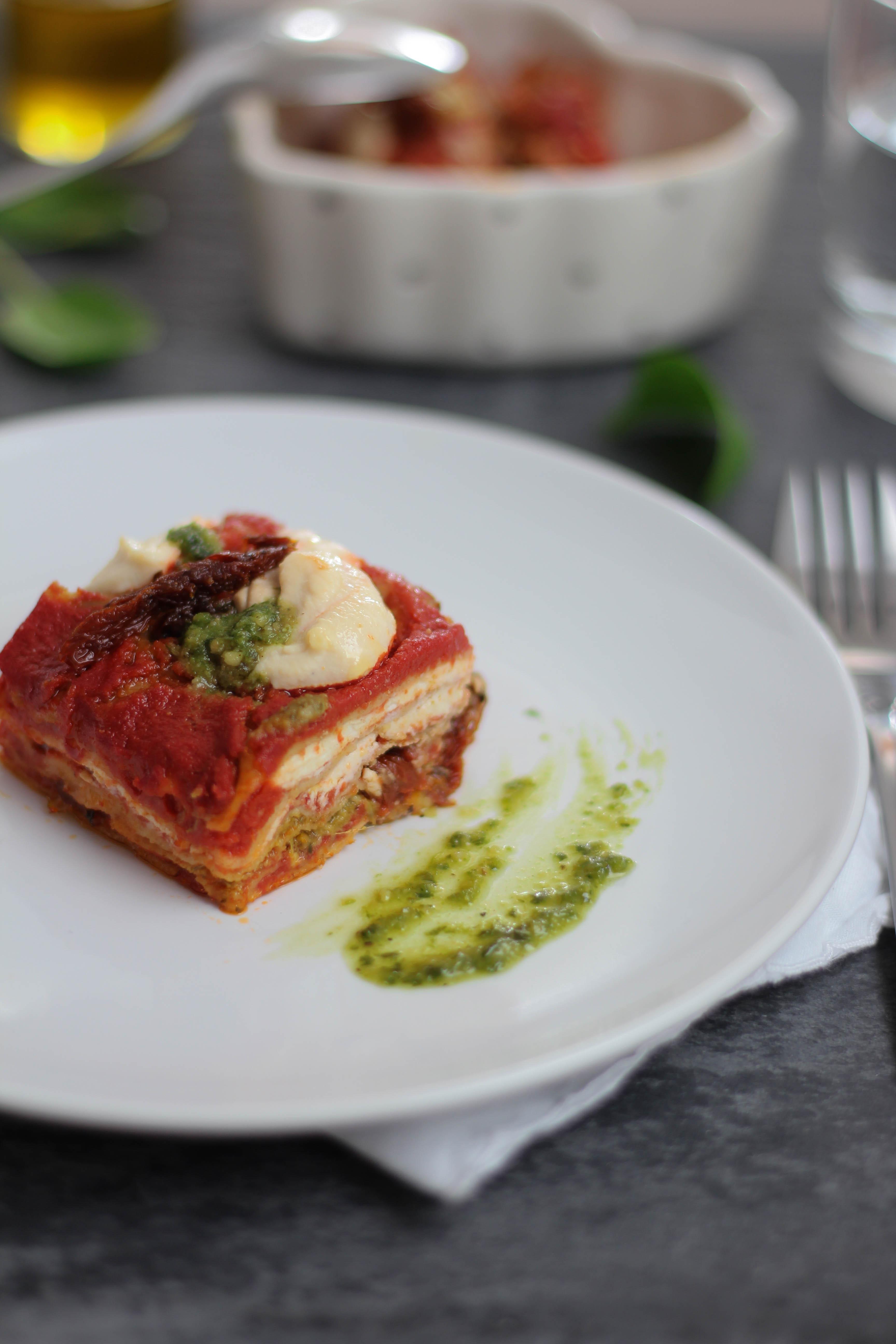 lasagna-pomodoro-ricotta-basilico
