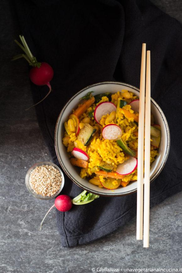 riso saltato spezie verdure