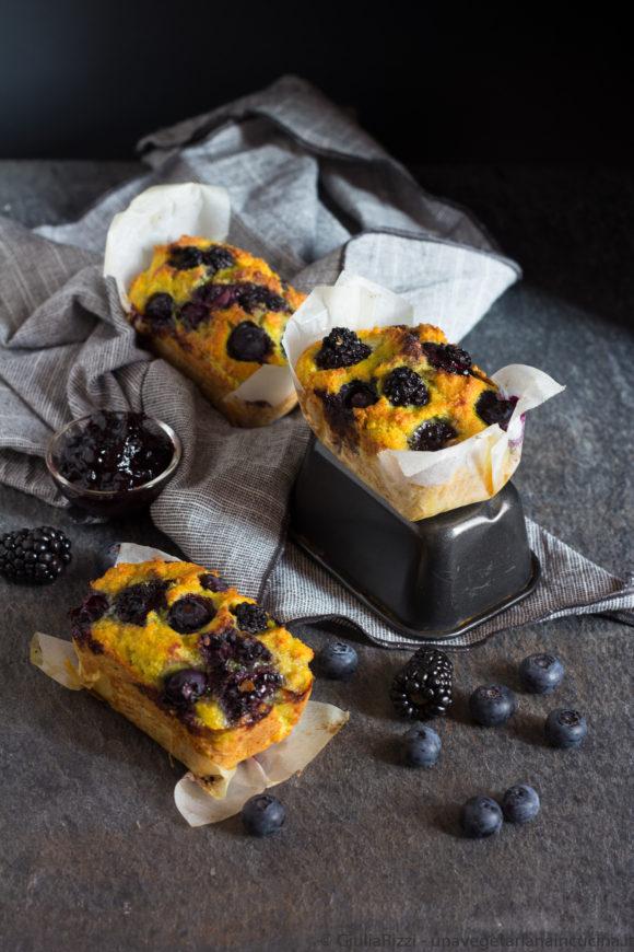 plumcake senza glutine curcuma frutti bosco
